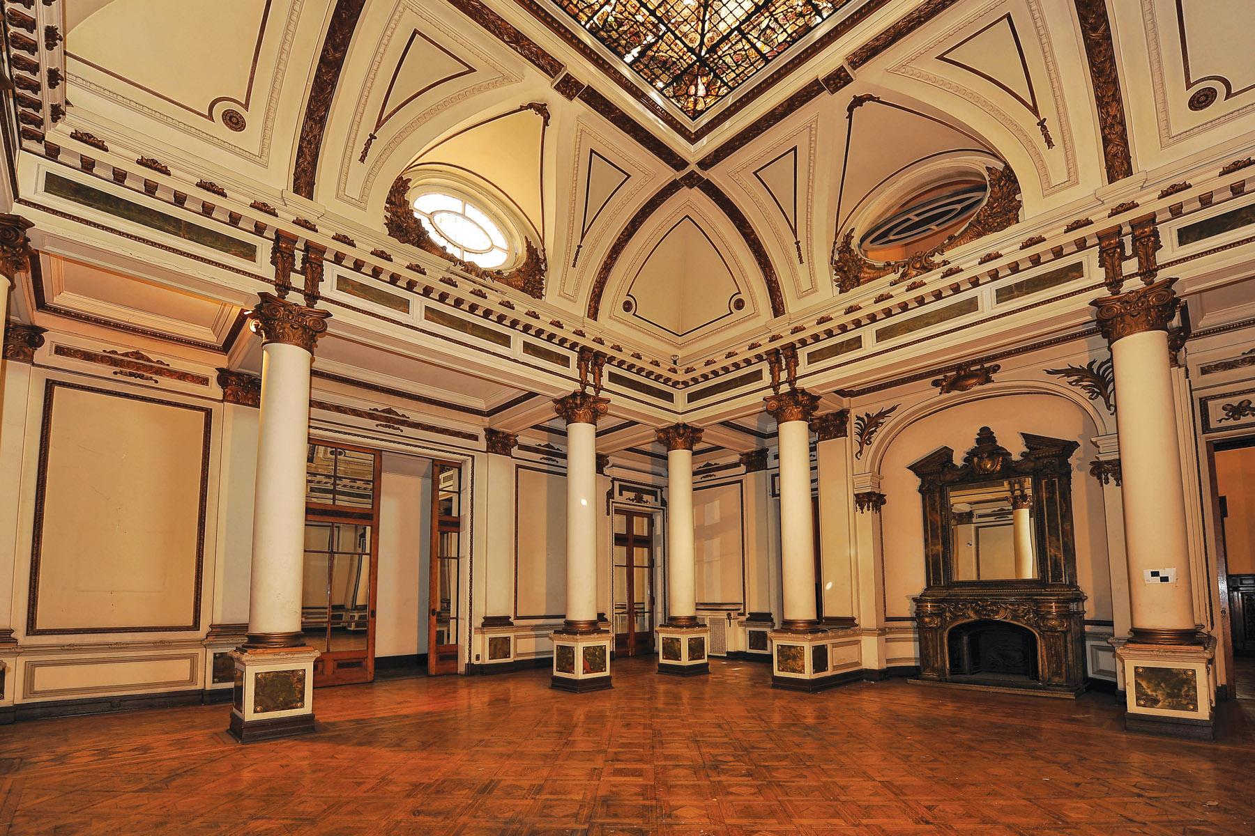 palacio-ariztia-interior-utem-chile